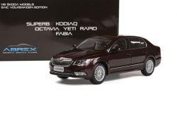 Škoda Superb II FL (2013) 1:18 - Vínová Metalíza