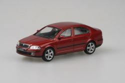 Škoda Octavia II (2004) 1:43 - Červená Flamenco Metalíza