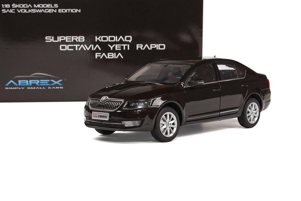 Škoda Octavia III (2014) 1:18 - Hnědá Metalíza