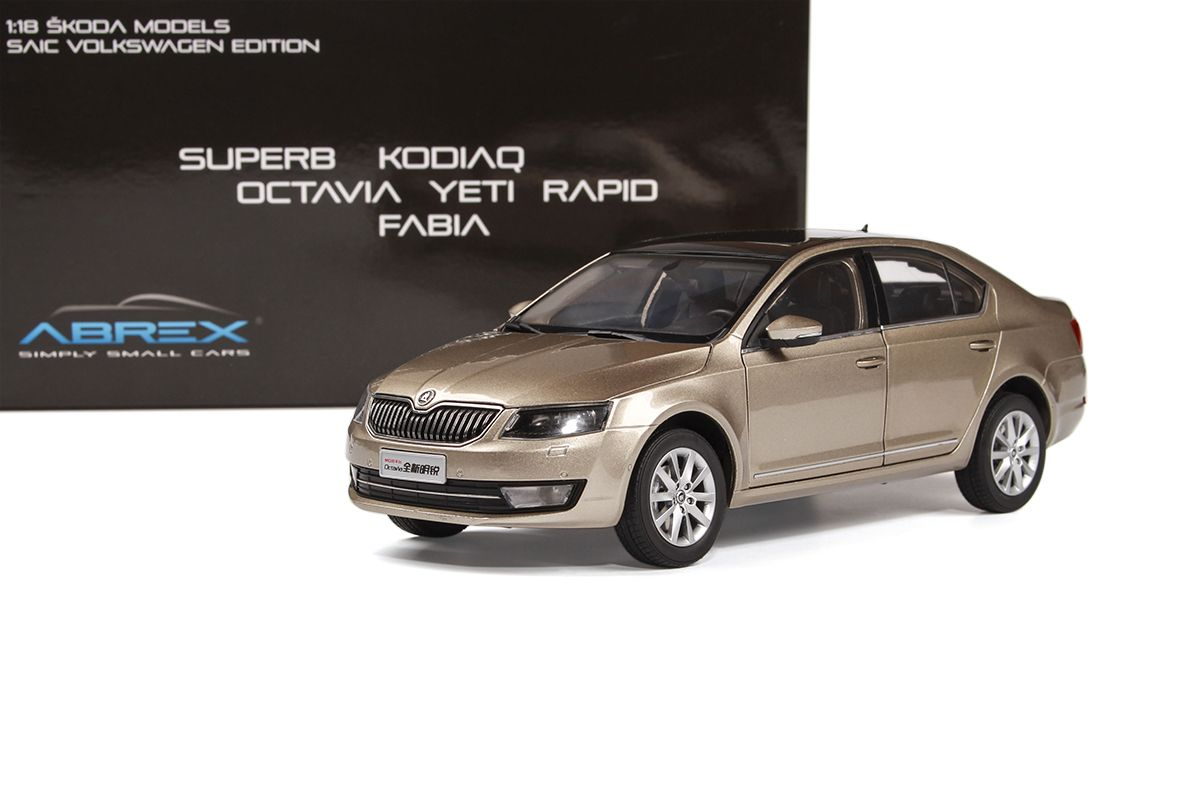 Škoda Octavia III (2014) 1:18 - Zlatá Metalíza