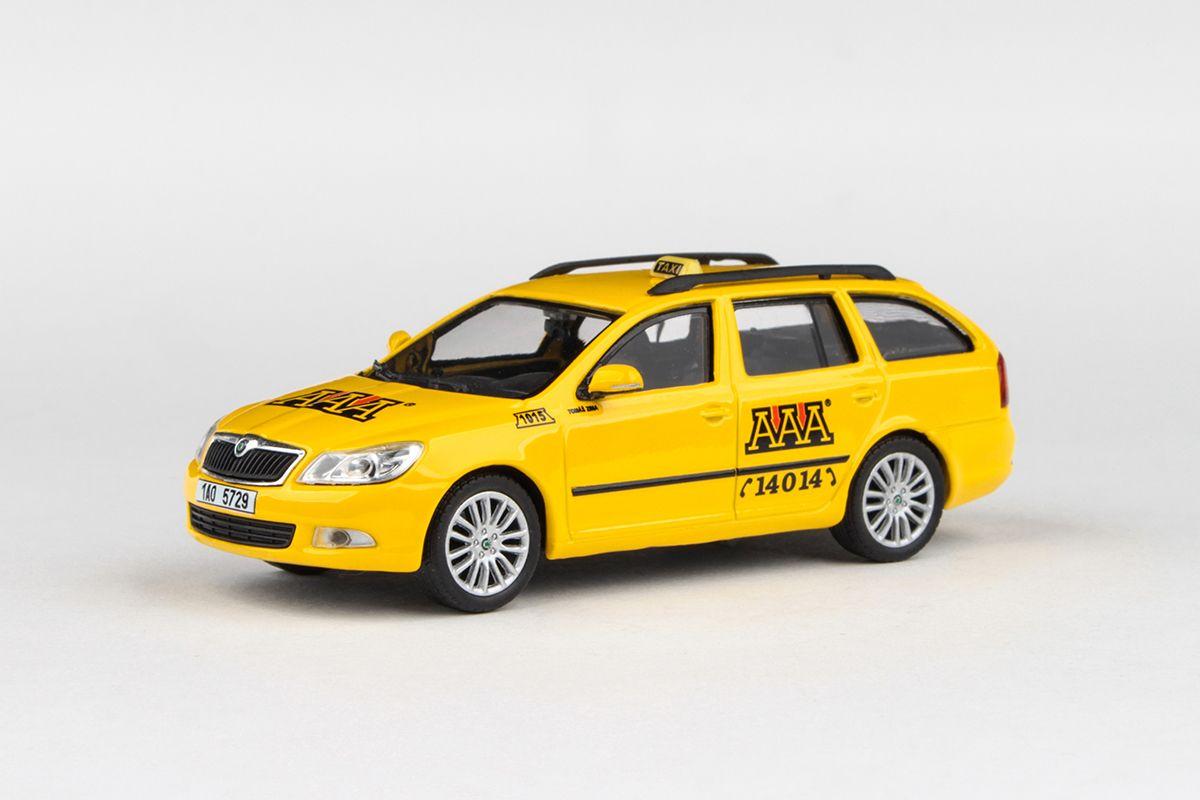 Škoda Octavia II FL Combi (2008) 1:43 - AAA Taxi
