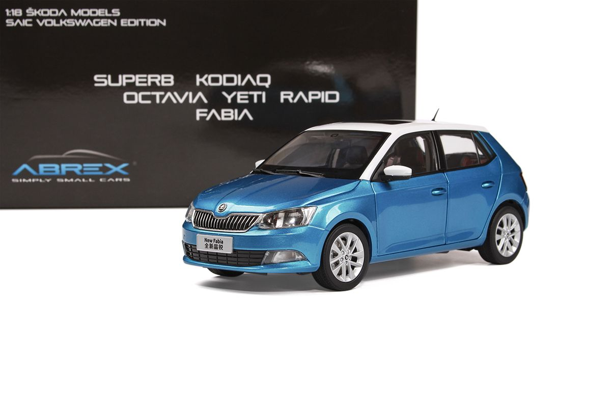 Škoda Fabia III (2015) 1:18 - Modrá Metalíza