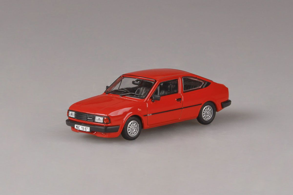 Škoda Rapid 136 (1987) 1:43 - Červená Korálová - Pravostranné Řízení