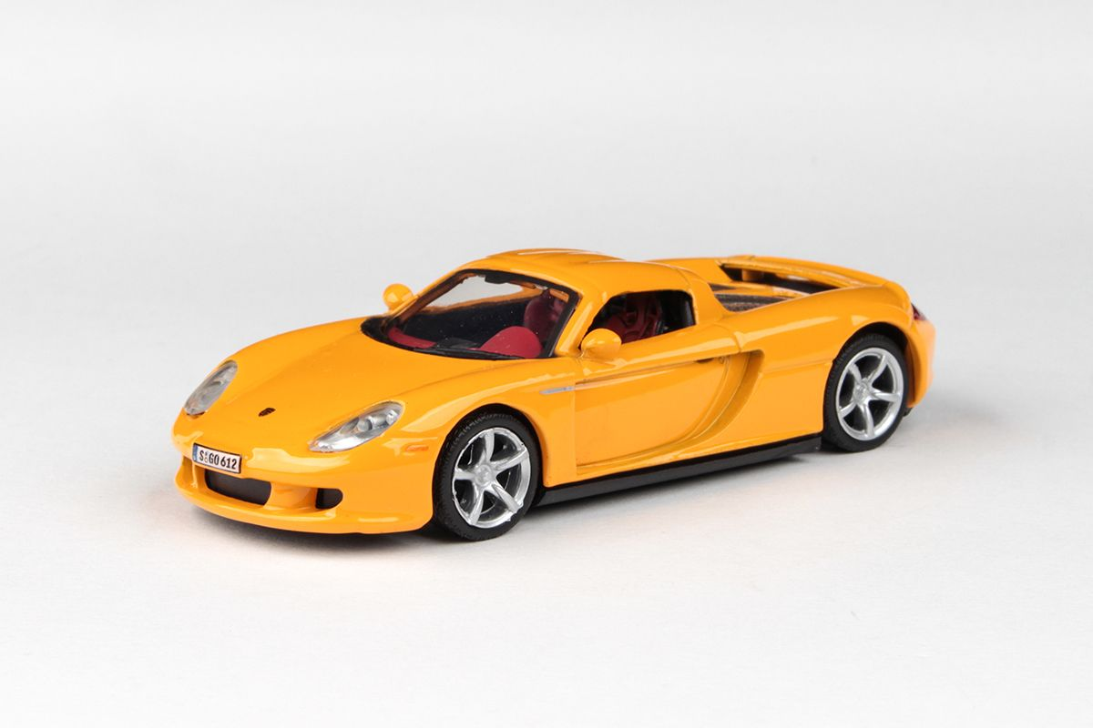 Abrex Cararama 1:43 - Porsche Carrera GT (Hard Top) - Orange