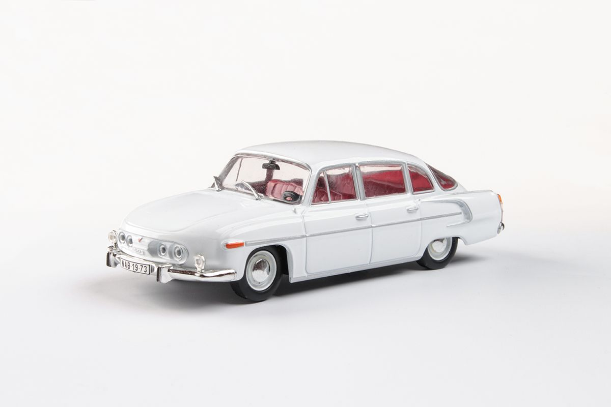 Tatra 603 (1969) 1:43 - Bílá