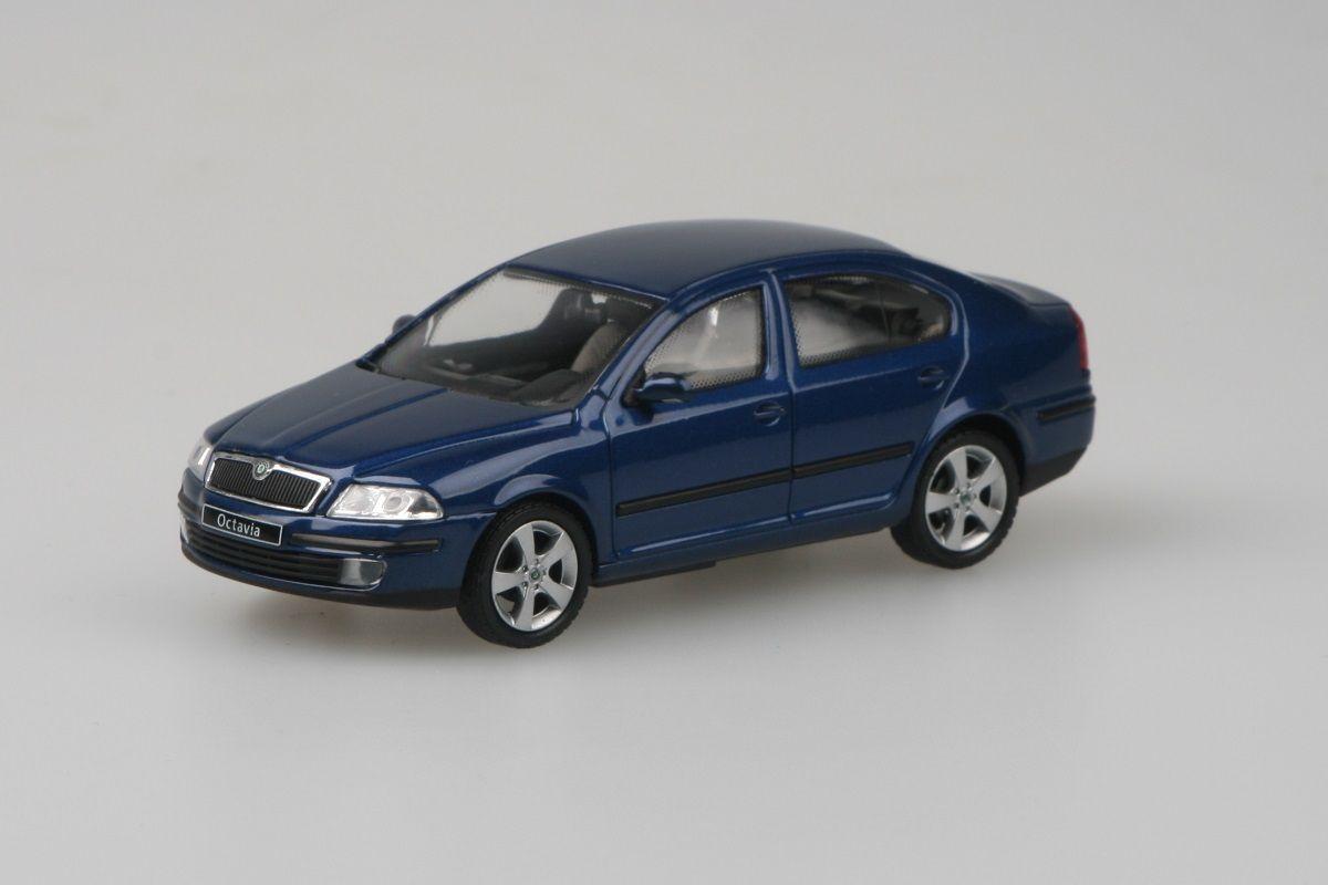 Kovový model Škoda Octavia II - modrá hlubinná metalíza