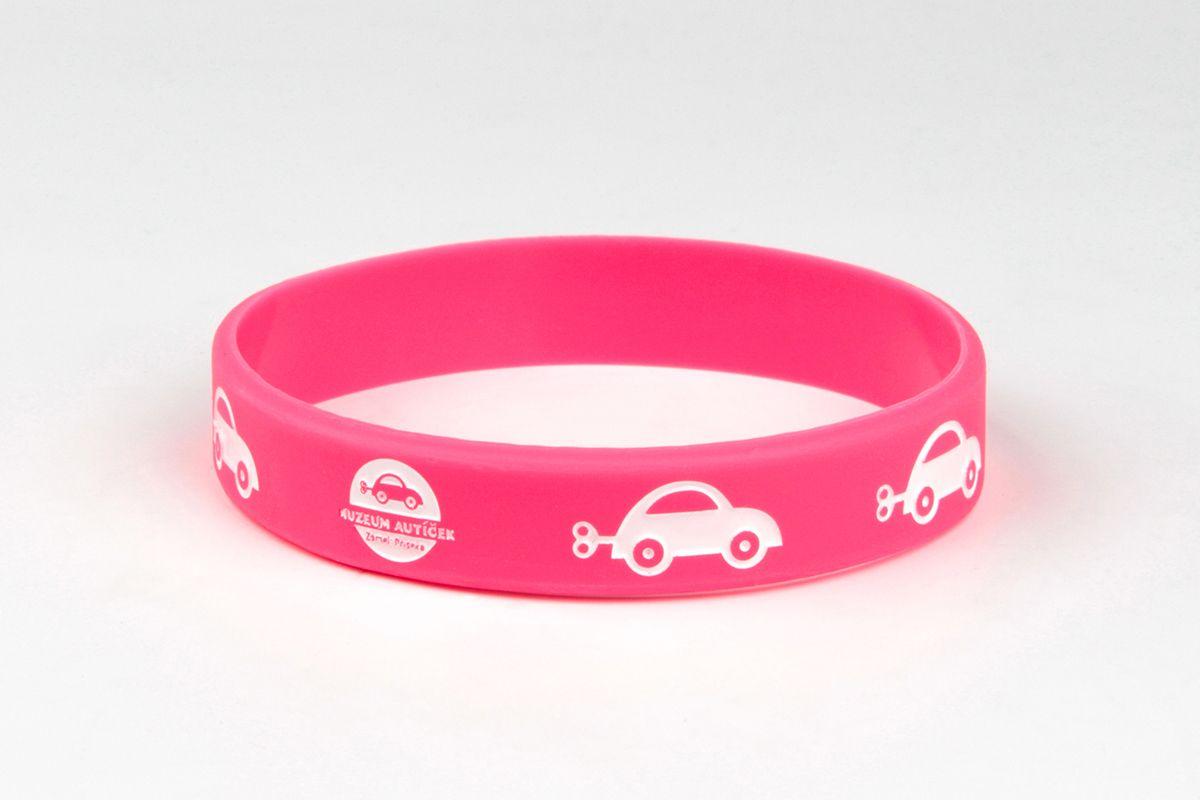 Silikonový náramek Muzeum autíček - růžový