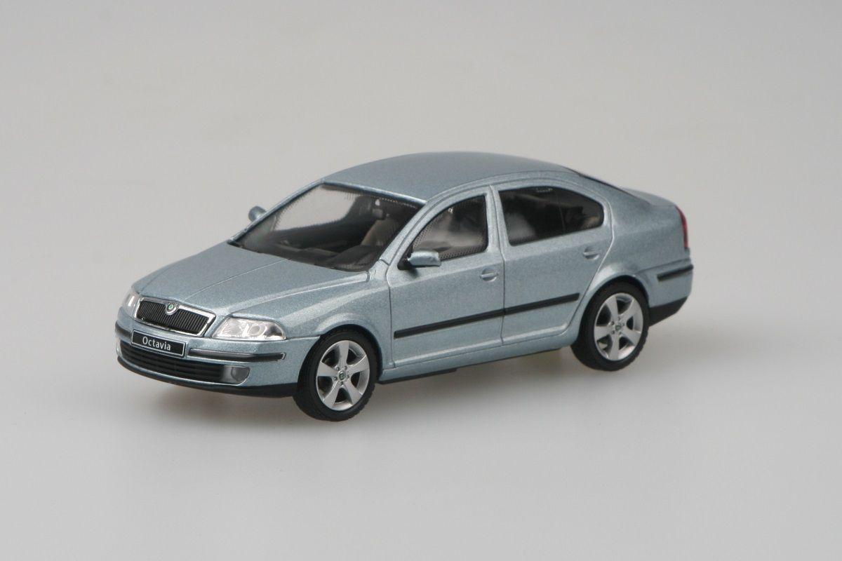 Kovový model Škoda Octavia II - šedá stone metalíza