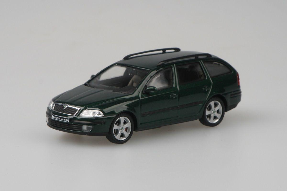 Škoda Octavia II Combi (2004) 1:43 - Zelená Natur Metalíza