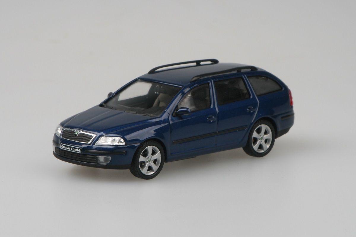 Škoda Octavia II Combi (2004) 1:43 - Modrá Hlubinná Metalíza