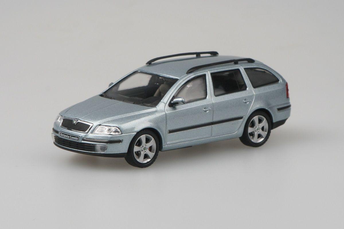 Škoda Octavia II Combi (2004) 1:43 - Šedá Stone Metalíza