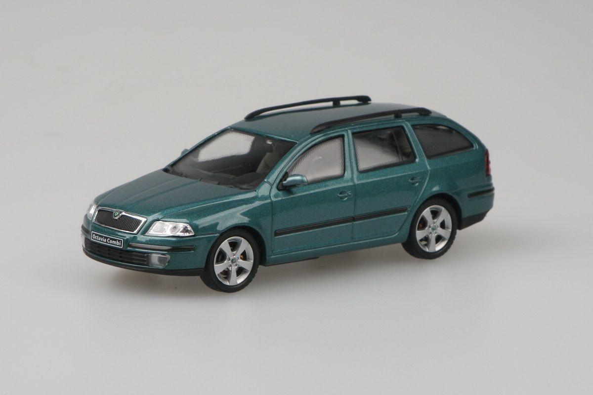 Škoda Octavia II Combi (2004) 1:43 - Zelená Island Metalíza