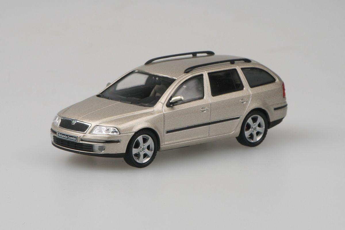 Škoda Octavia II Combi (2004) 1:43 - Béžová Sahara Metalíza