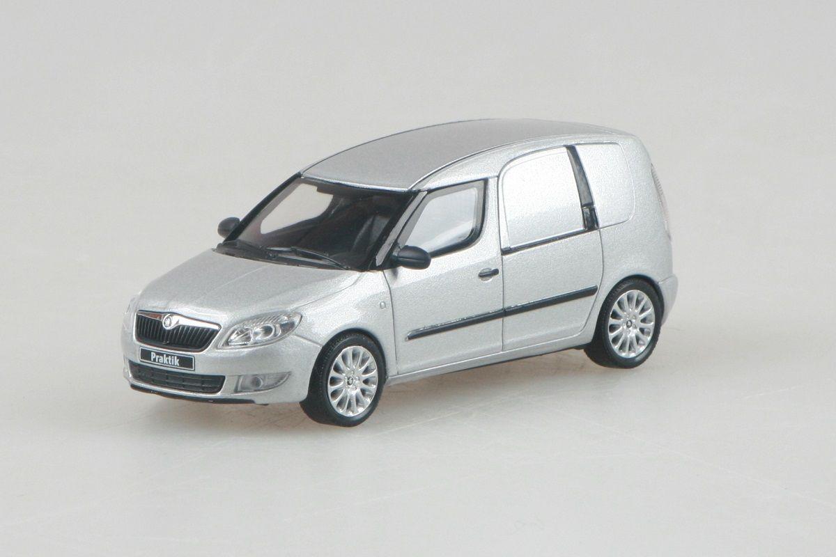 Škoda Roomster FL Praktik (2010) 1:43 - Stříbrná Brilliant Metalíza