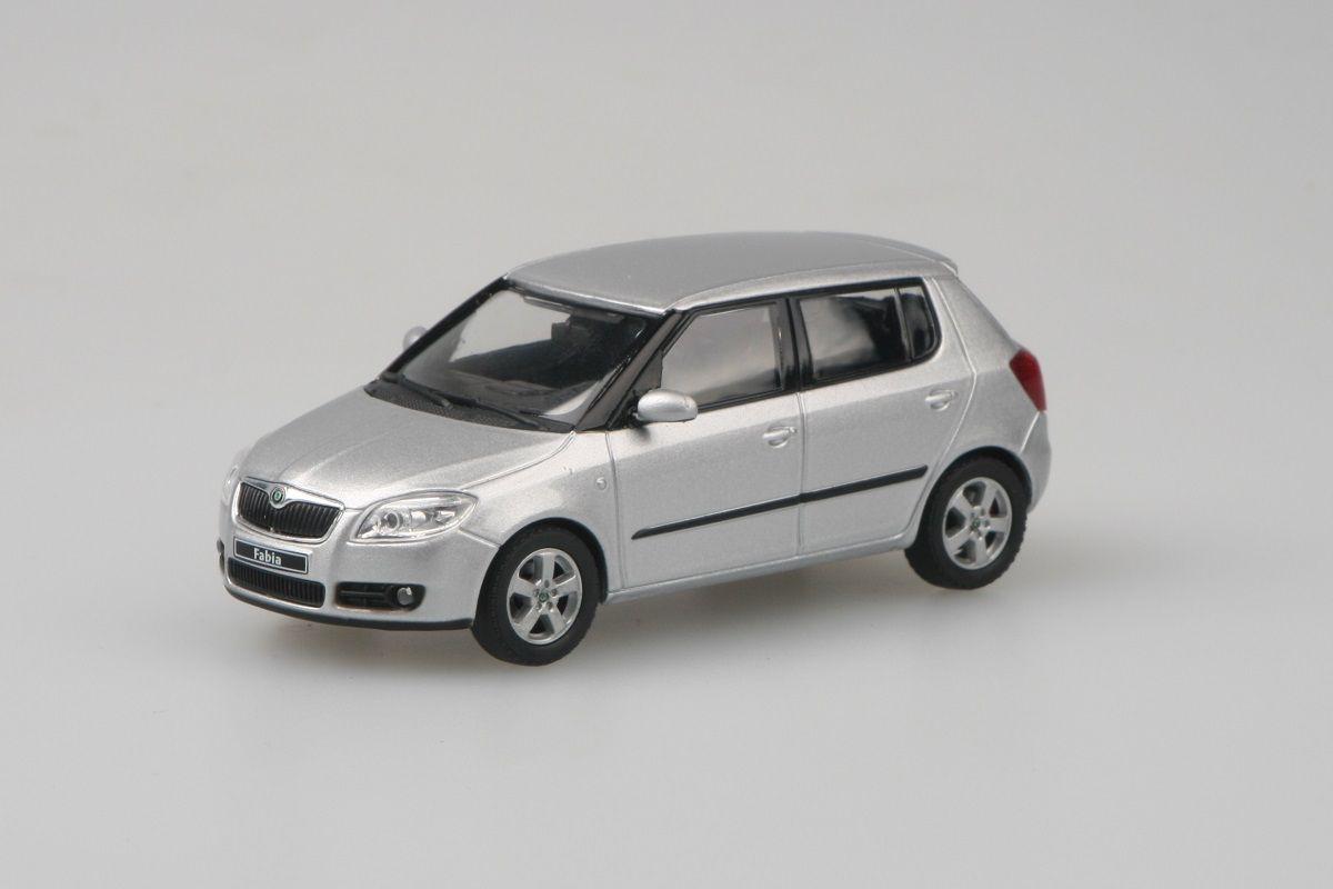 Kovový model Škoda Fabia II - stříbrná brilliant metalíza
