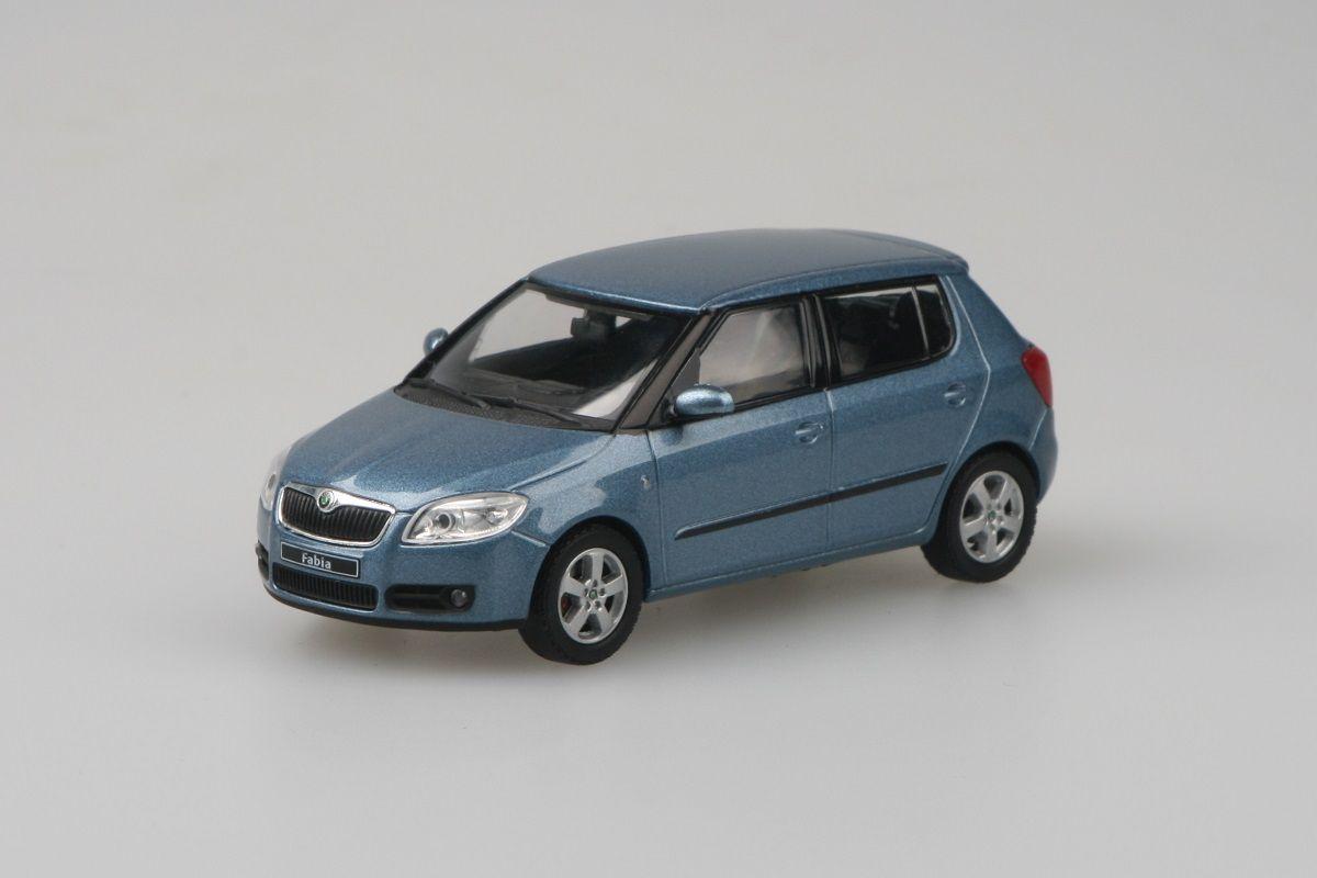 Škoda Fabia II (2006) 1:43 - Šedá Satin Metalíza