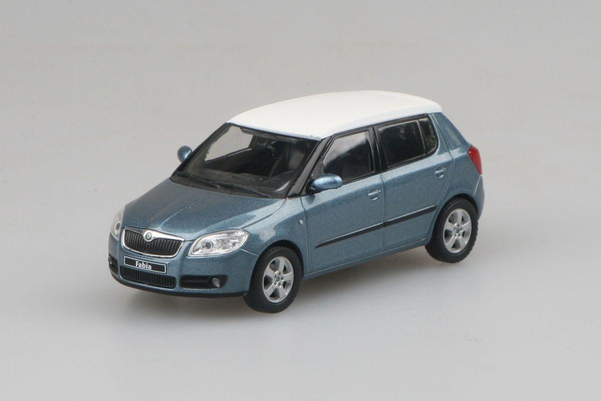 Kovový model automobilu Škoda Fabia II - pohled zepředu