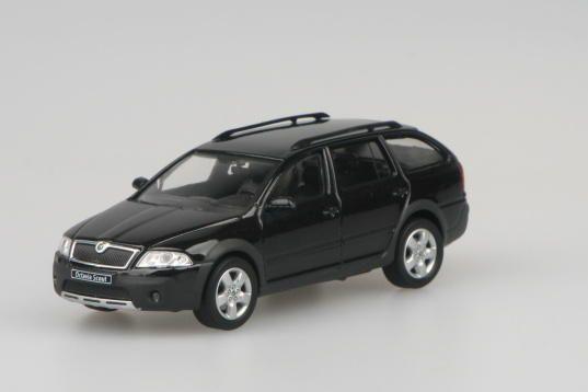 Škoda Octavia II Combi Scout (2007) 1:43 - Černá Magic Metalíza