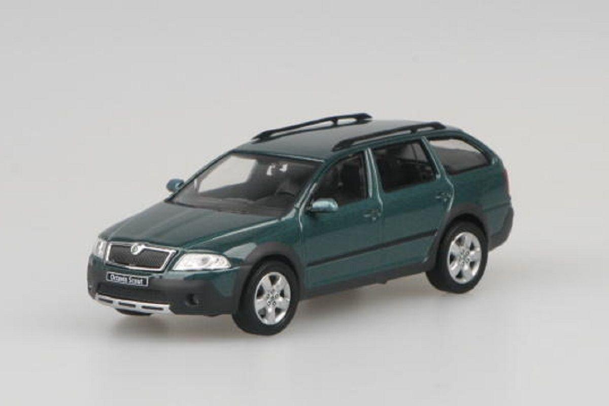 Škoda Octavia II Combi Scout (2007) 1:43 - Zelená Island Metalíza