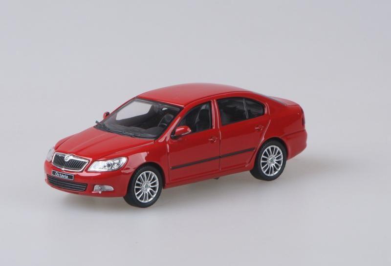 Škoda Octavia II FL (2008) 1:43 - Červená Corrida Uni