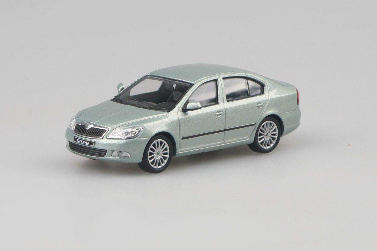 Škoda Octavia II FL (2008) 1:43 - Zelená Arctic Metalíza