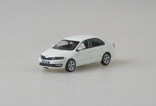 Škoda Rapid (2012) 1:43 - Bílá Candi Uni