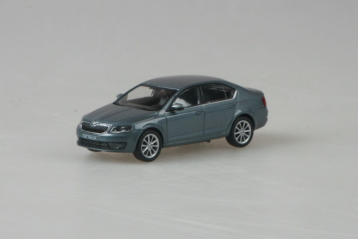 Škoda Octavia III (2012) 1:43 - Šedá Platin Metalíza