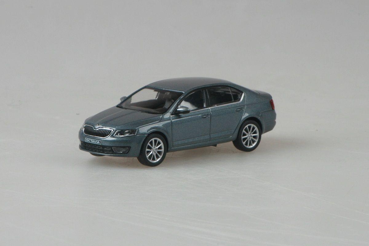 Kovový model Škoda Octavia III - šedá platin metalíza