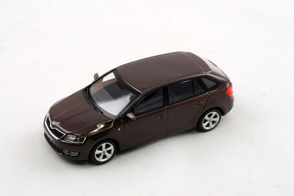 Kovový model Škoda Rapid Spaceback - hnědá topaz metalíza