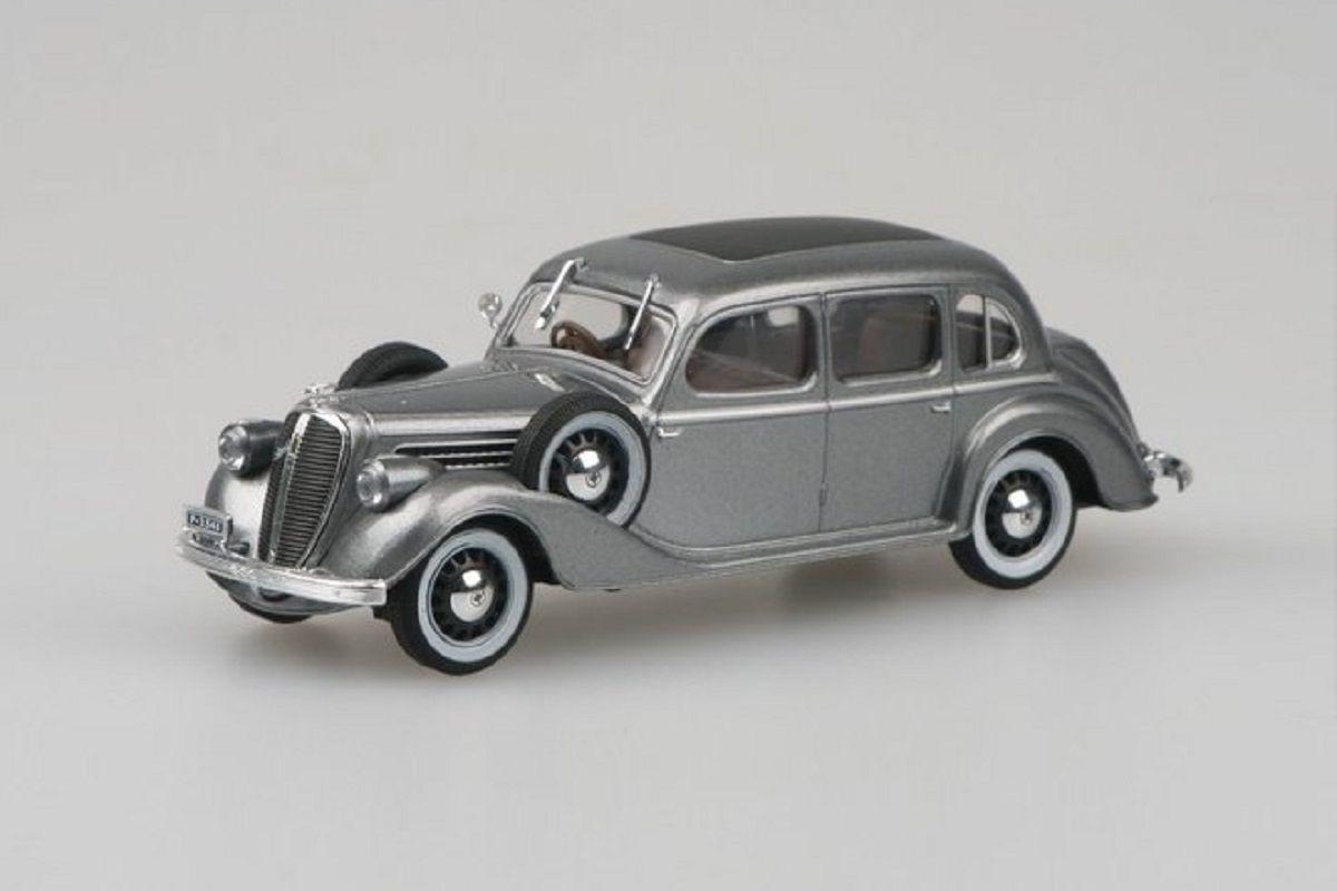 Škoda Superb 913 (1938) 1:43 - Stříbrnošedá Metalíza