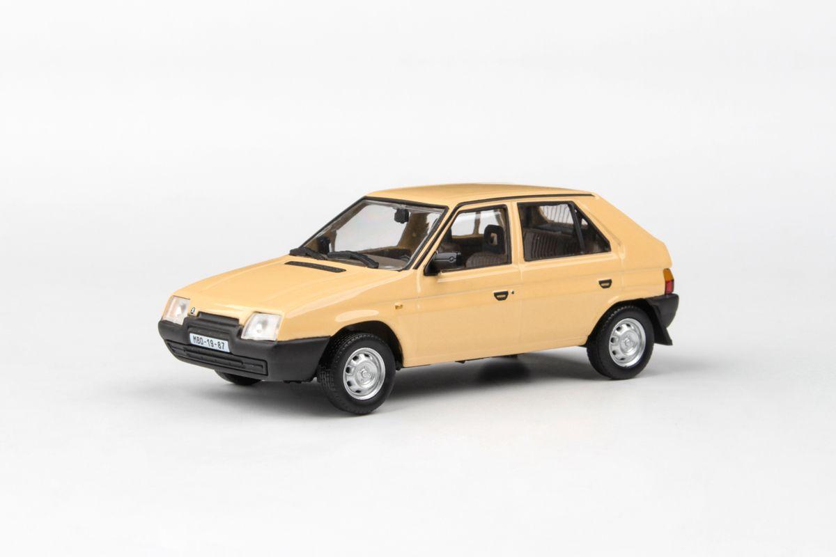 Škoda Favorit 136L (1988) 1:43 - Žlutá Mimóza