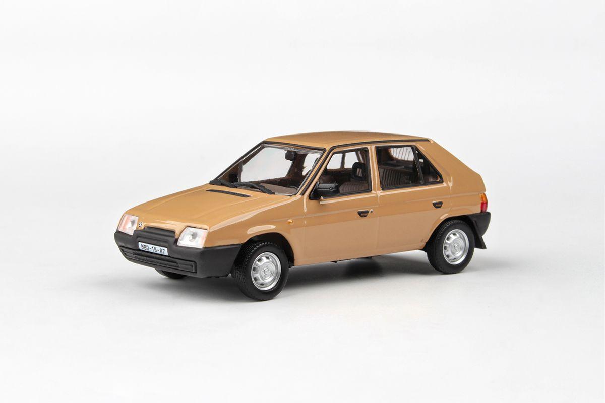 Škoda Favorit 136L (1988) 1:43 - Hnědá Beduínská
