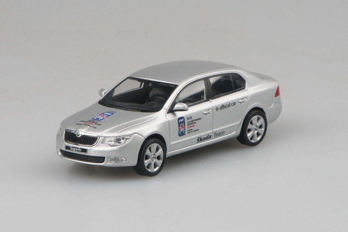 Škoda Superb II (2008) 1:43 - MS v Hokeji 2008