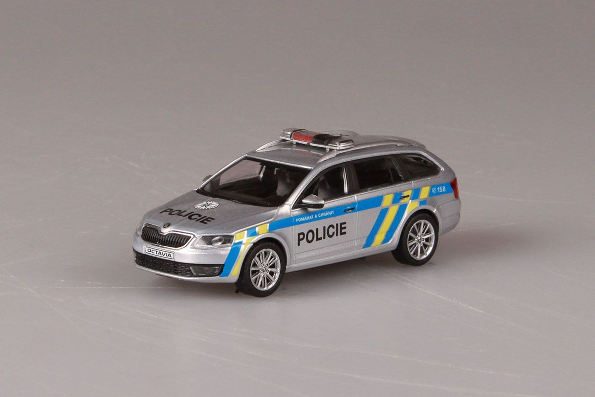 Škoda Octavia III Combi (2013) 1:43 - Policie ČR